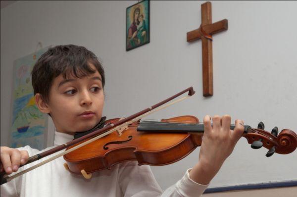 violin singer