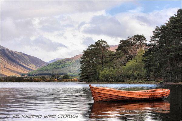 The lonely boat! ~~~~ Den ensamma båten!