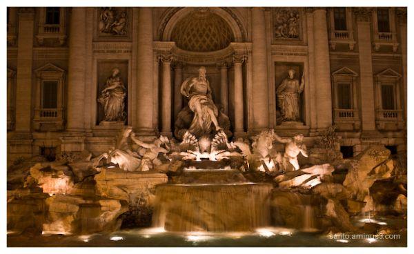 Trevi Fountain (2)