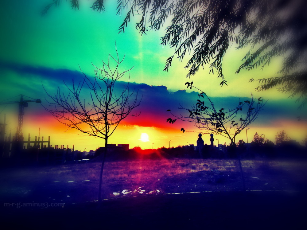 SUN's Ey3