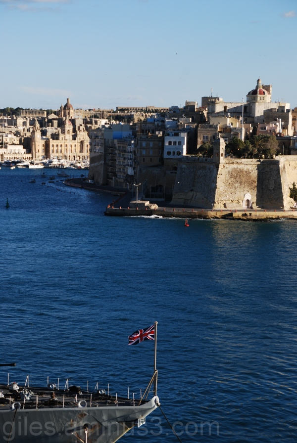FLYING THE FLAG IN VALLETTA