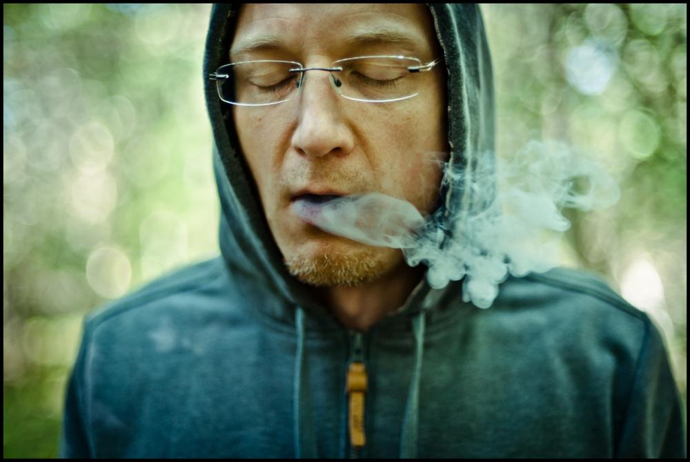 man smoke