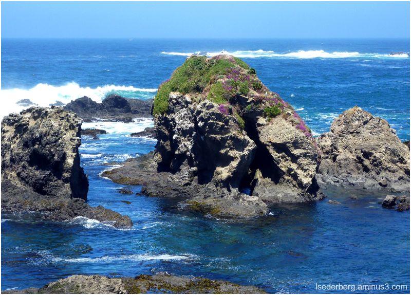 Caspar Beach rocks and surf