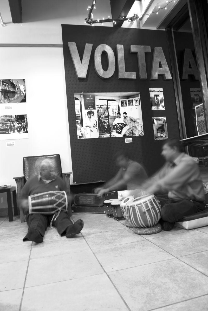 Indian drummers @ Gustavo Bonet's photoexhibit