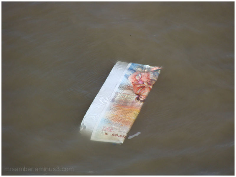 Floating in the Thames