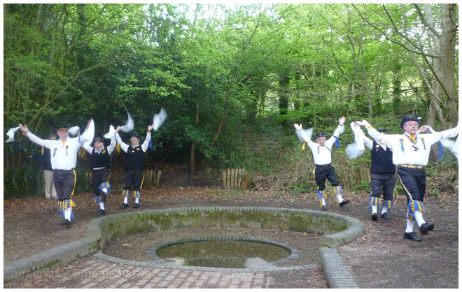MayDay with the Ravensbourne Morris Men