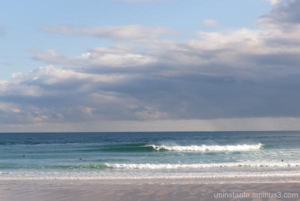 Buenas olas en San Vicente de la Barquera