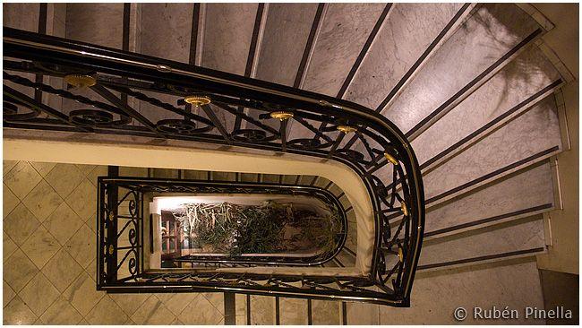 Escalera II