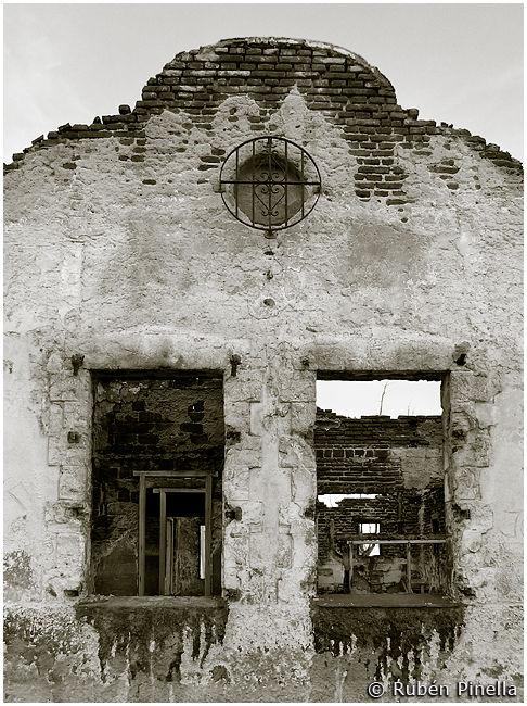 Ruinas VII