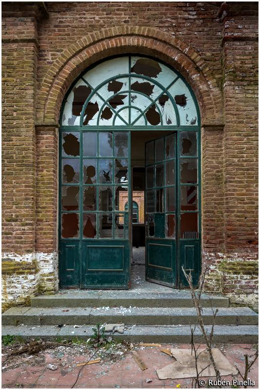 Puerta #106