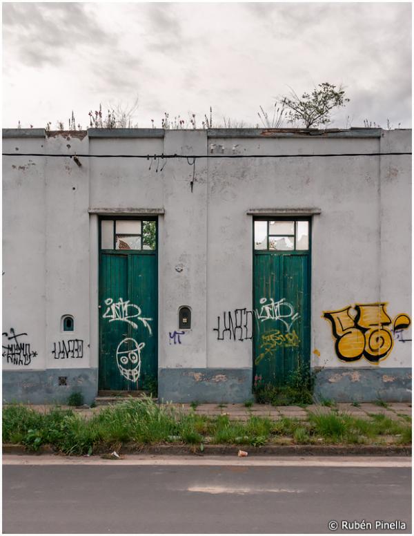 Puertas #25