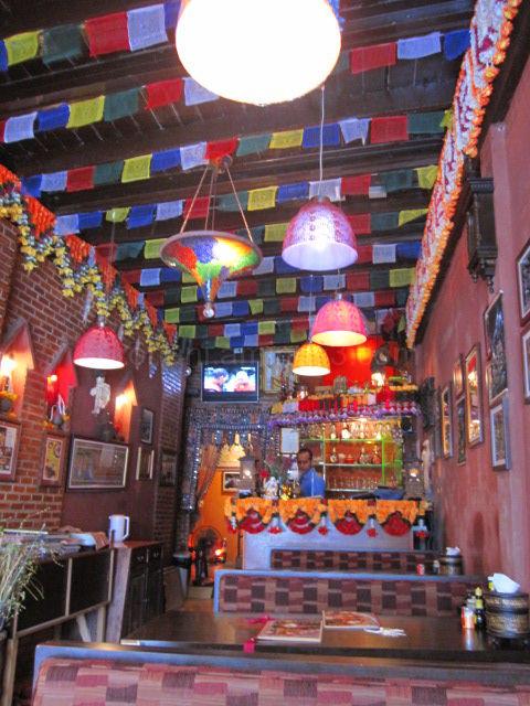 タイ バンコク  カオサン  ネパール料理屋