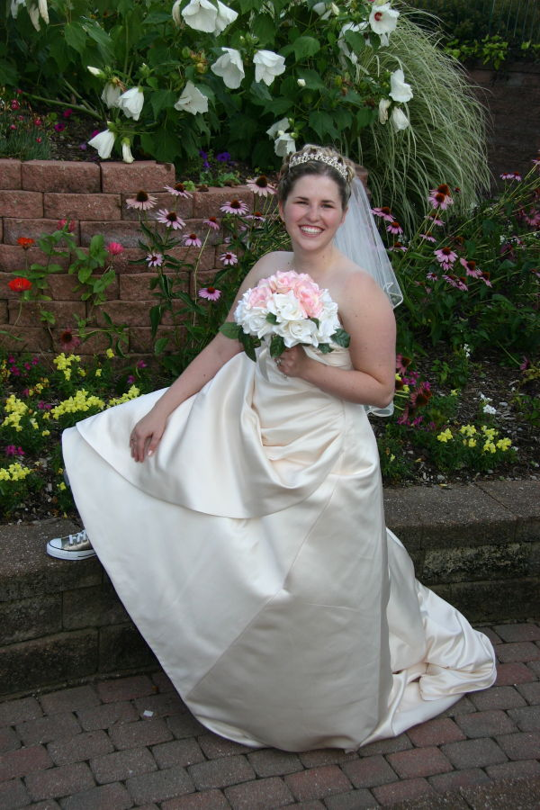 Jenny's' Wedding pic in her Gold Tennis Shoes