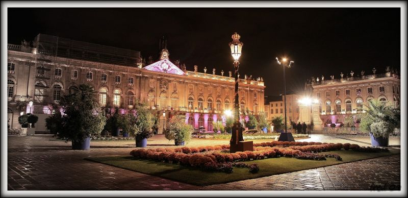 Place Stanislas et Octobre rose