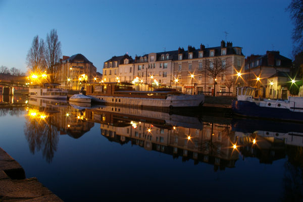 """The river """"Erdre"""" in Nantes at daybreak"""