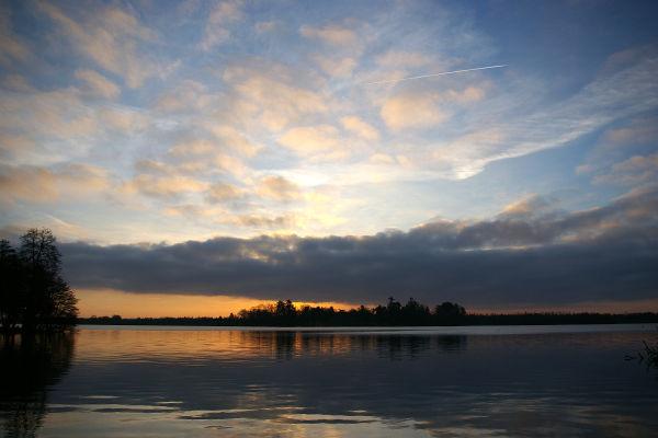 Tom SAWYER's island at surise?