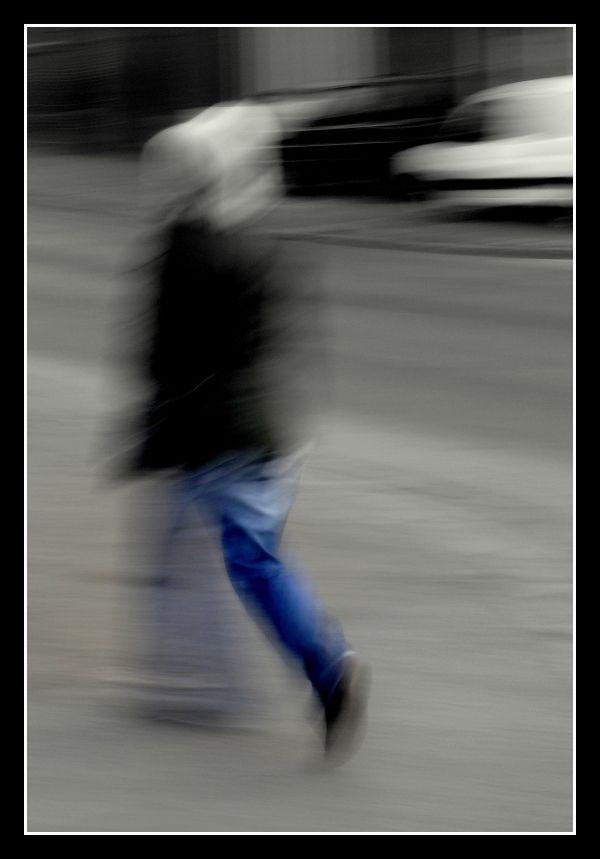 le marcheur bleu