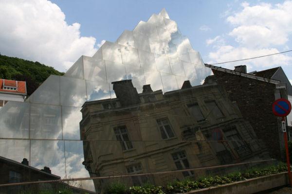 Pyramide de verre