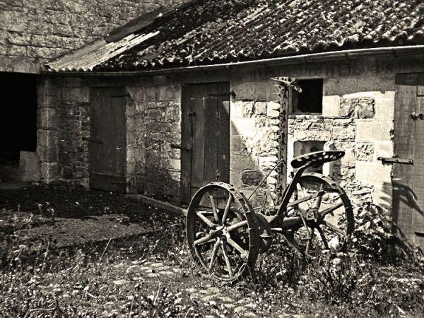 Cour d'une ancienne ferme