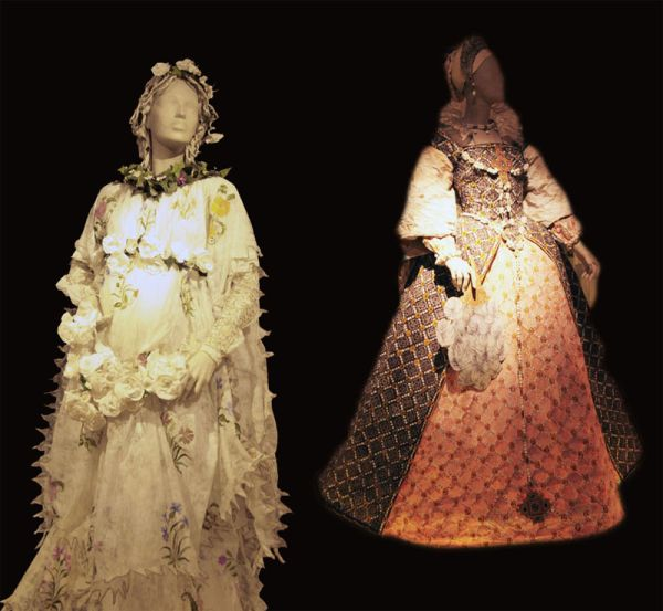 The dresses of paper