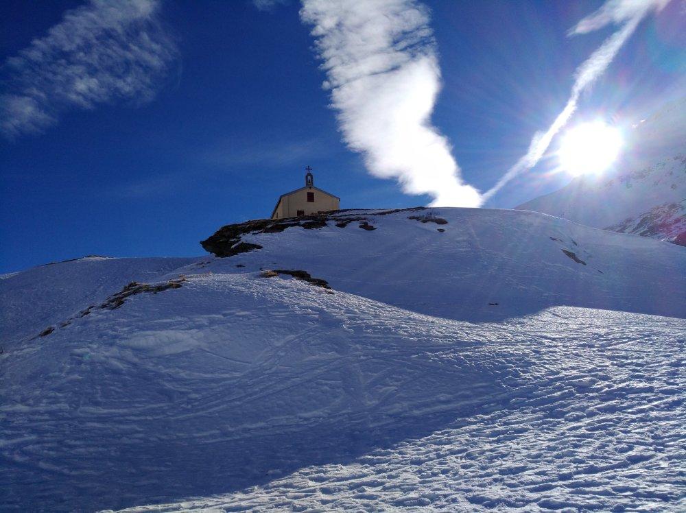 chapelle sur la montagne
