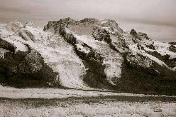 part of the alps mountain range