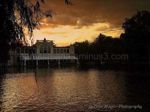 Autumn sunset at the lake.