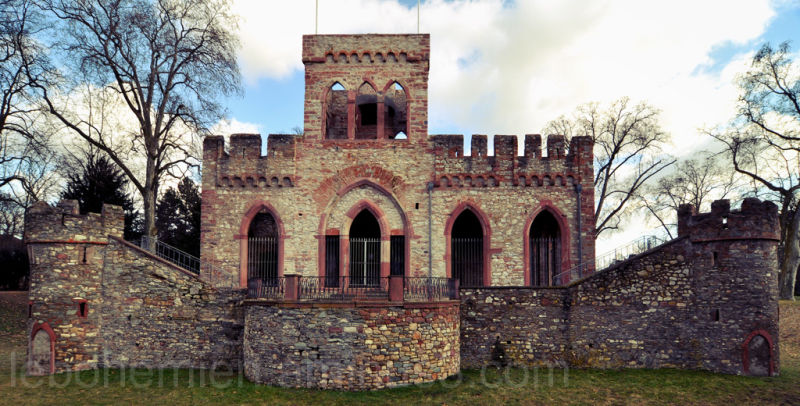 Lustschloss (2)
