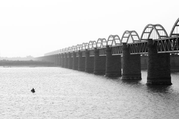 Rajamundary Railway Bridge