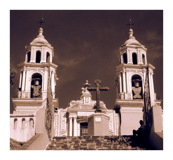 A duotoned picture of the Cholula church