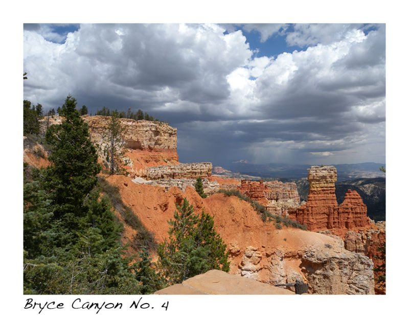 A picture of Bryce Canyon