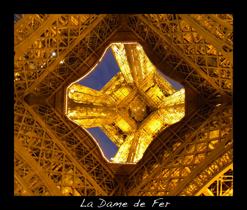 A picture of the Eiffel Tower