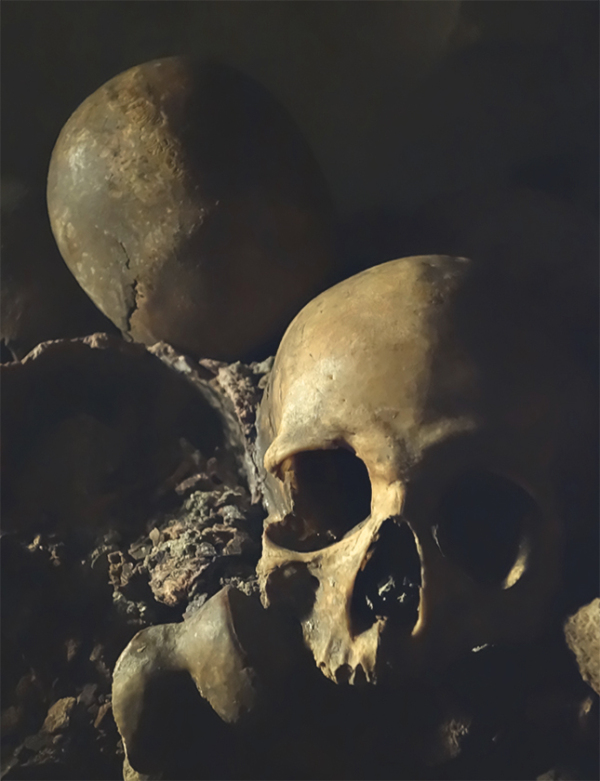 A picture of the catacombs in Paris #2