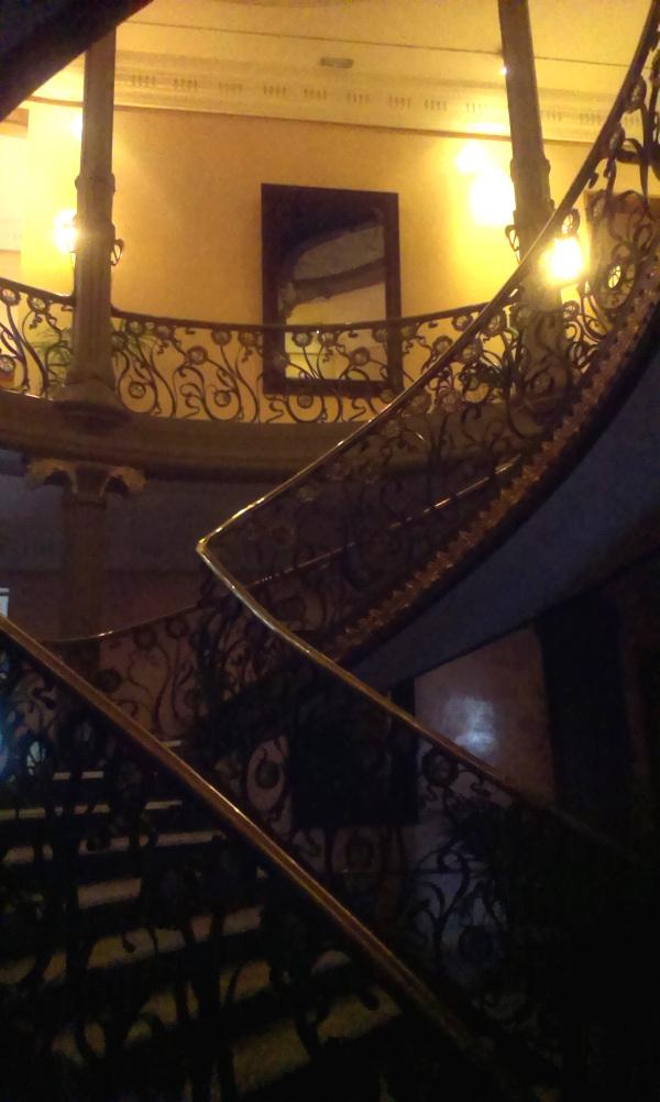 Escalera Palacio Longoria