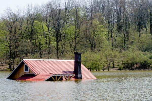 Saqalaksar Lake