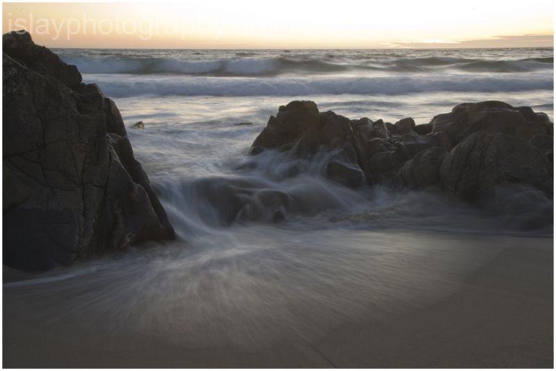 Incoming tide at Saligo