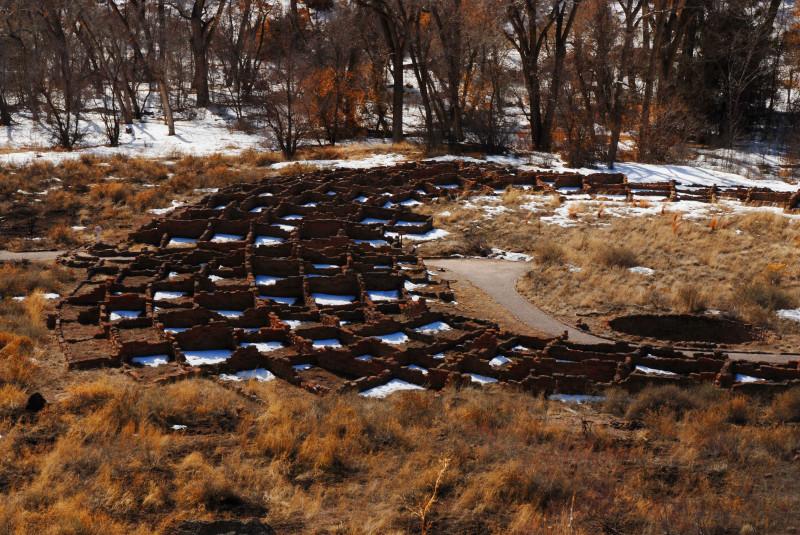 Bandelier Nat'l Monument: Pueblo ruins