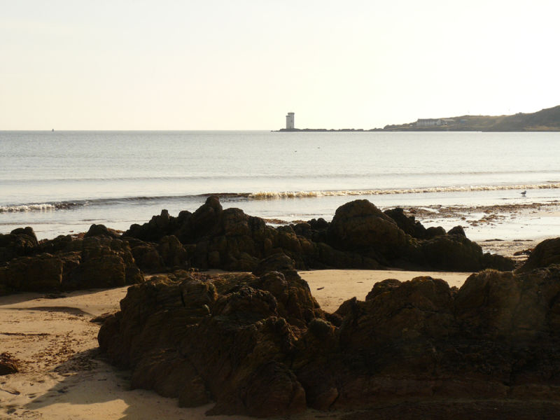 Kiilnaughton Rocks and Carraig Fhada Lighthouse