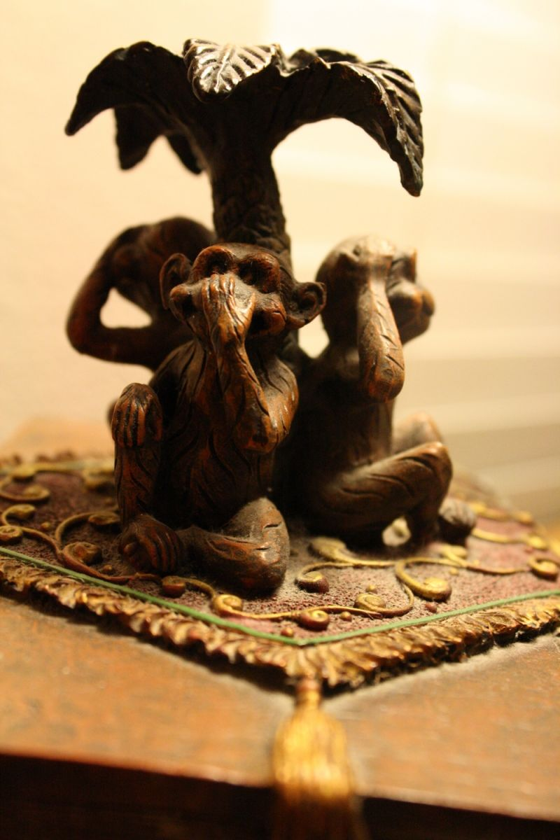 monkeys, jewelry box