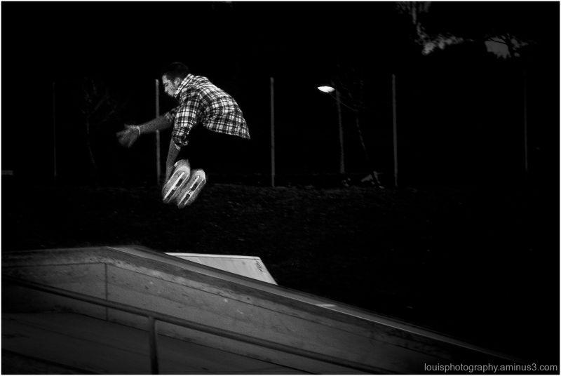 Jump in a skatepark