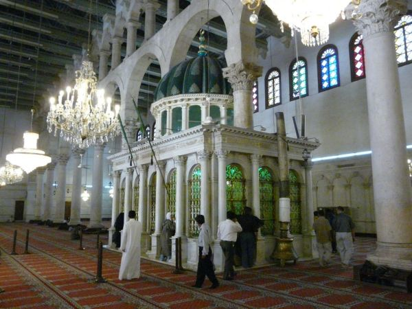Omeyyade mosque in Damascus; St Johan's tomb