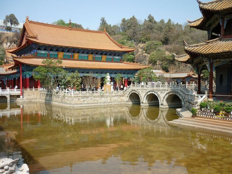Emeraud lake park in Kunming (II)