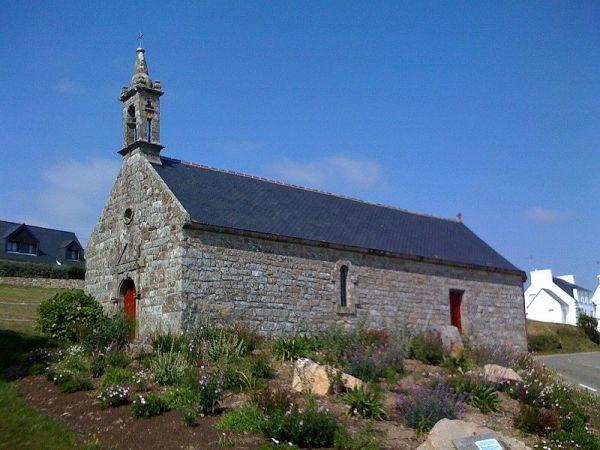 une petite chapelle près d'Audierne (Finistère)