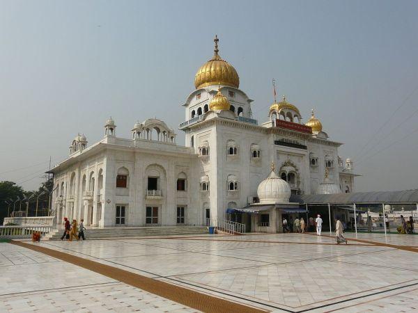 temple sikh Gurudwara sis Ganj; vue générale