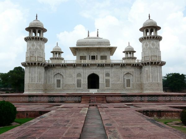 mausolee d'Itmad Ud Daulas près d'Agra