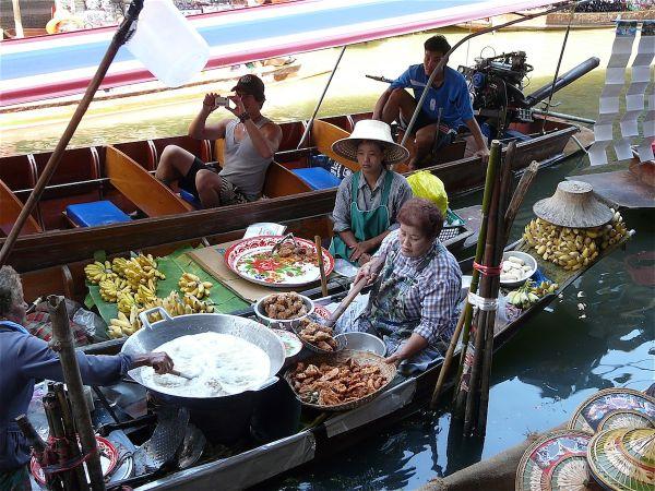 un petit restaurant près de Bangkok