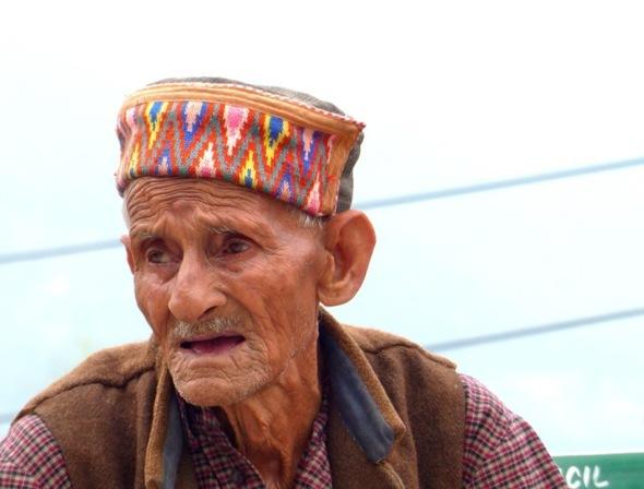 old indian man in Manali (Himachal pradesh)
