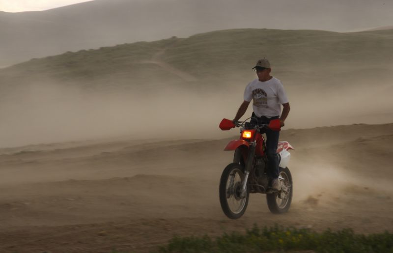 Ride Wyoming Sand Dunes Dirt bike