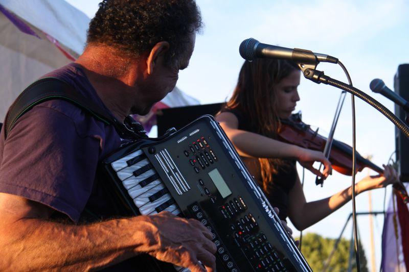 Accordion Fiddle Band Rock