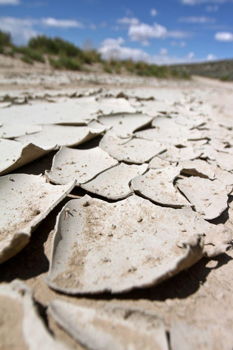 Old Mud Desert Wyoming Crazy Dry Film Amazing